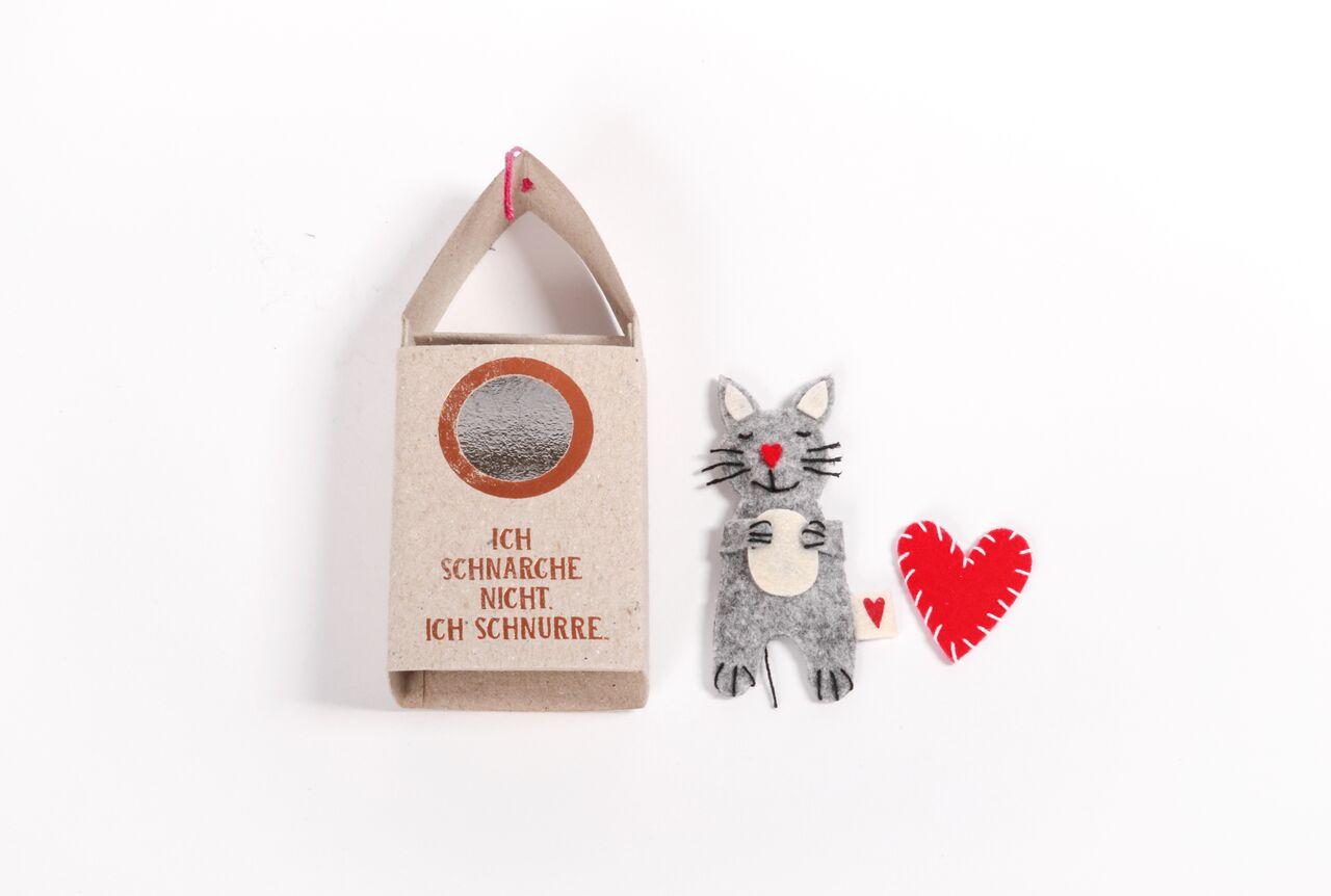 Katze mit Herz Katze